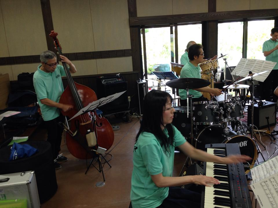 TOYOSAKA BigBand@菱風荘ミニコンサート・福島潟自然文化祭2014(9/23)